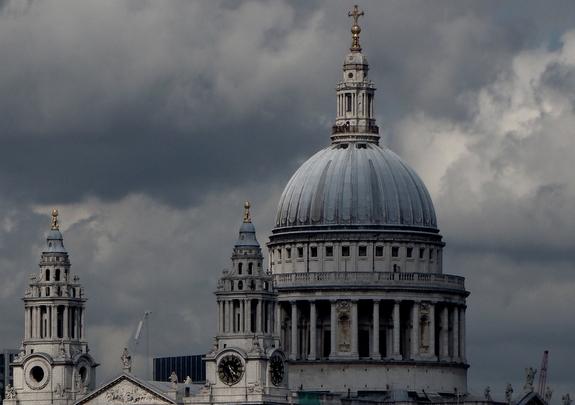 ロンドンのセント・ポール大聖堂の写真(2013年7月4日撮影)