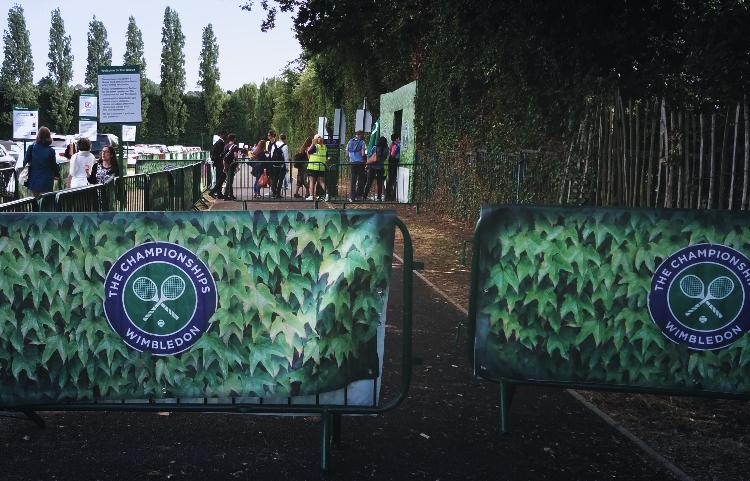 Wimbledon 2015: a very short queue in Wimbledon Park.