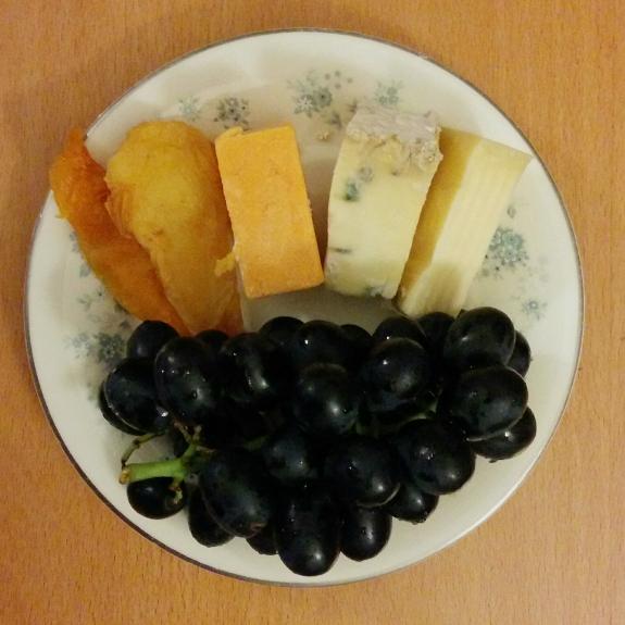 チーズと果物