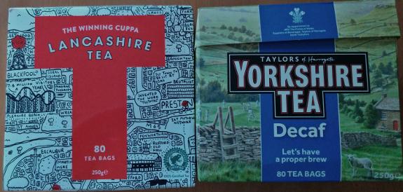 Lancashire Tea と Yorkshire Tea の箱