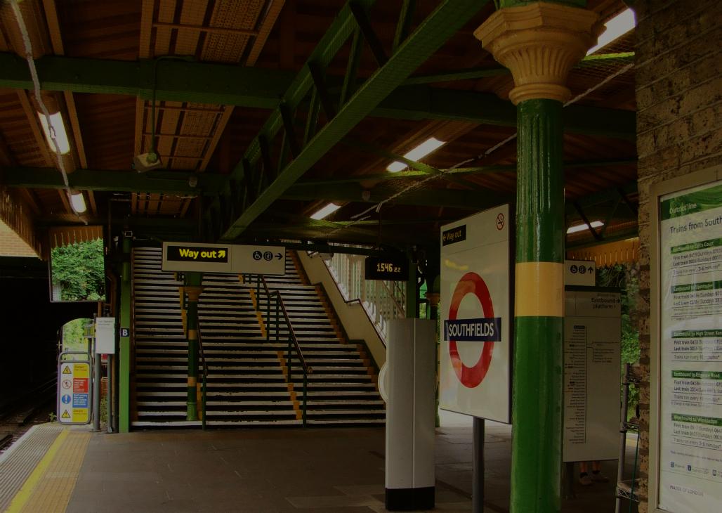 Photograph of London Underground Southfields station