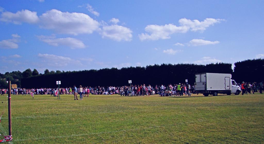 The queue in Wimbledon Park