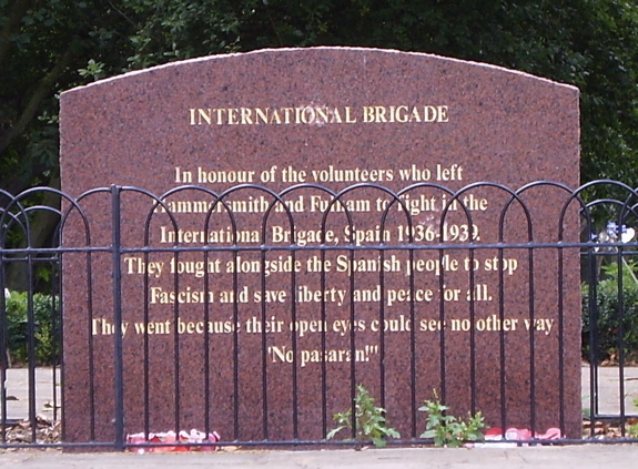 Memorial to the members of the International Brigade who fought on the Republican site during the Spanish Civil War: ¡No pasarán!