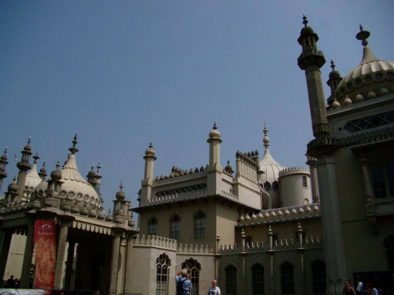 Photograph of the Royal Pavilion, Brighton.