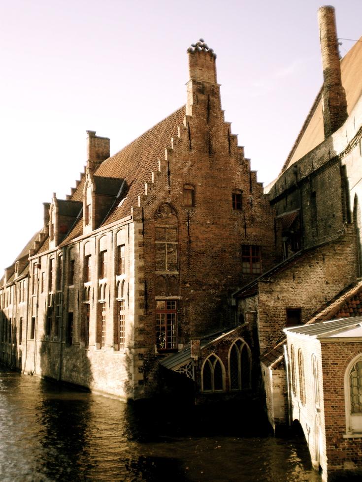 Photograph—Brugge (Bruges)—Sint-Janshospitaal (Memlingmuseum)
