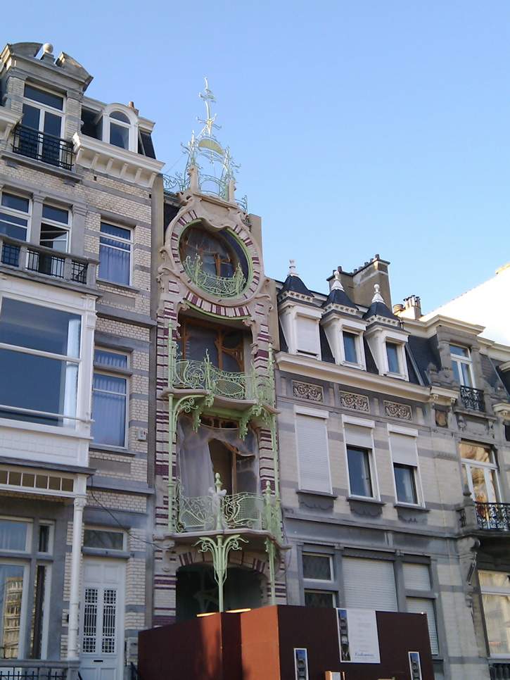 Photograph—Ambiorix Square, Brussels—Maison Saint-Cyr │ An example of a building in a style called Art Nouveau Baroque