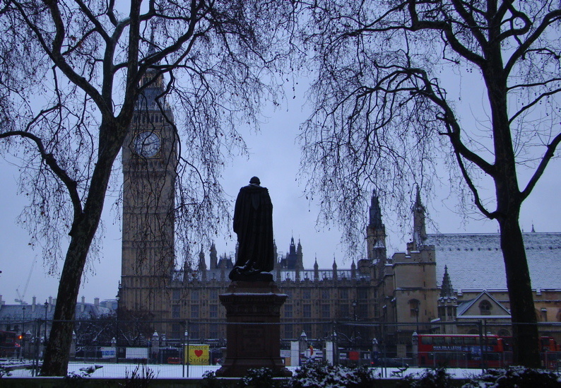 Photograph — London │ Palace of Westminster / Houses of Parliament