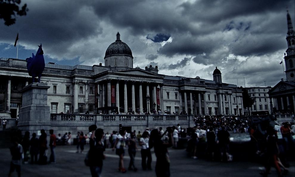 Photograph—London │ Trafalgar Square—28 July 2013