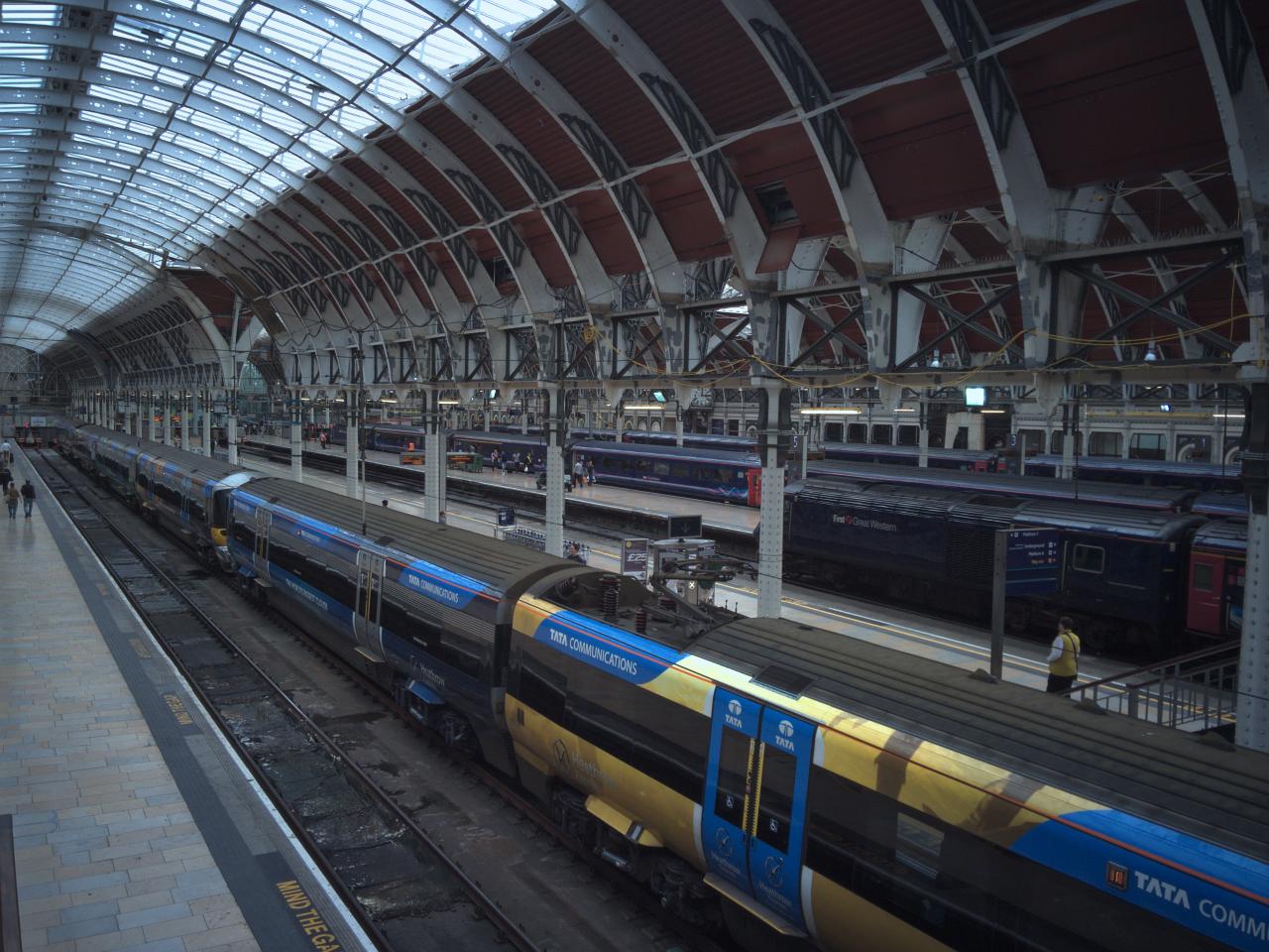 ロンドンのターミナル駅パディントン駅の写真。2016年7月29日撮影。