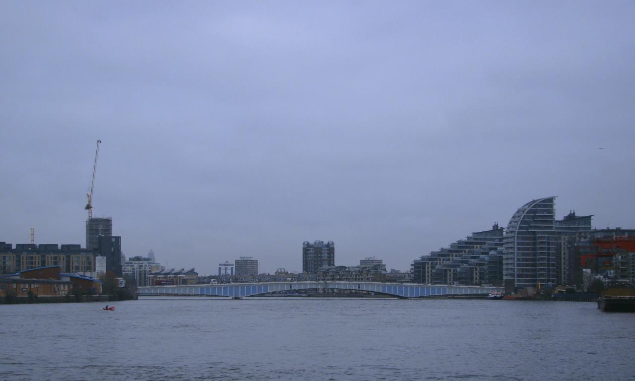 2016年1月23日にロンドンのテムズ河畔をワンズワースからパトニーまで散歩した時に撮影した写真。