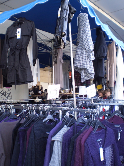 Market at Brussels Midi / Zuid station (1/2): Clothes, very cheap