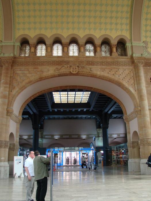 フランス・メス(Metz-Ville)駅構内の写真