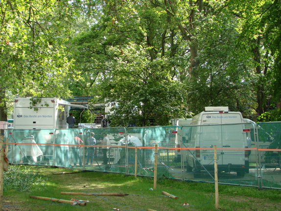 Green Park has turned into a trailer park for television cres (1)