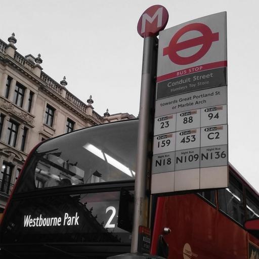 Stock images—512×512—London—Conduit Street / Hamleys Toy Store bus stop on Regent Street—14 April 2018