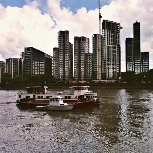 画像素材512✕512:ロンドンの写真|332|テムズ河沿いの建物
