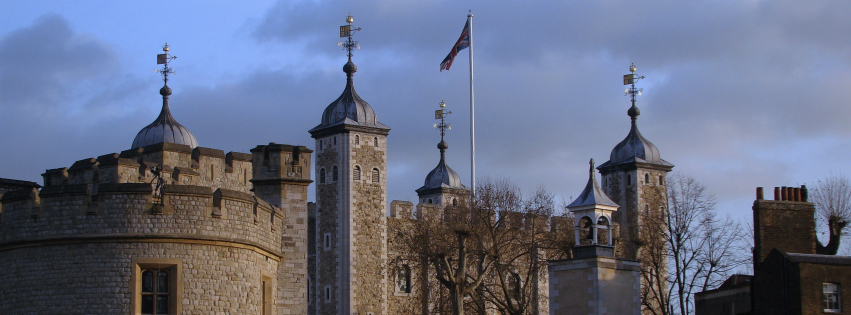 Stock images—Facebook cover photo (851×315)—London—Tower of London—Photographed: 16 December 2014