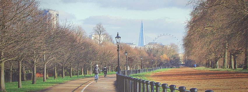 画像素材:851✕315(Facebookカバー写真):ロンドンの写真(251)- ハイド・パークで撮影したザ・シャードとロンドン・アイ