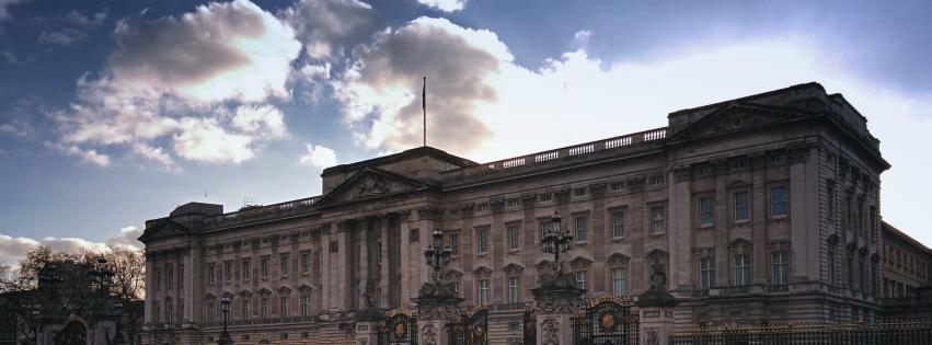 Stock images—Facebook cover photo (851×315)—London—Buckingham Palace—Photographed: 19 January 2015