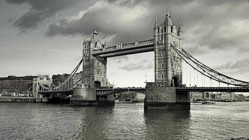 Stock images—960×540—London—108—Tower Bridge—16 December 2014