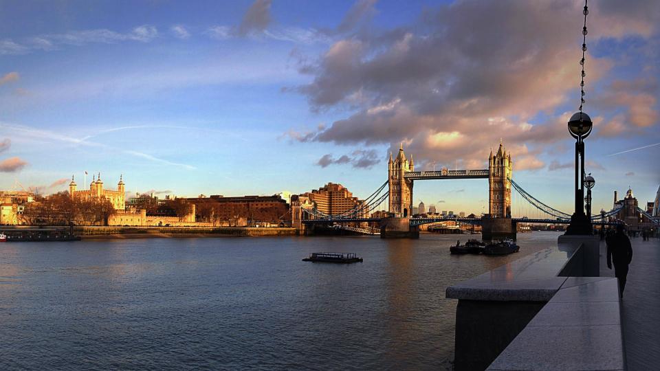 画像素材・壁紙960✕540:ロンドン|115:ロンドン塔&タワー・ブリッジ