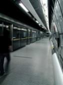 ロンドン地下鉄ウェストミンスター駅ジュビリー線プラットホーム